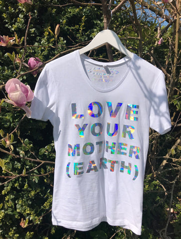 SONYA ROTHWELL HOLOGRAPHIC 'MOTHER EARTH' T-SHIRT