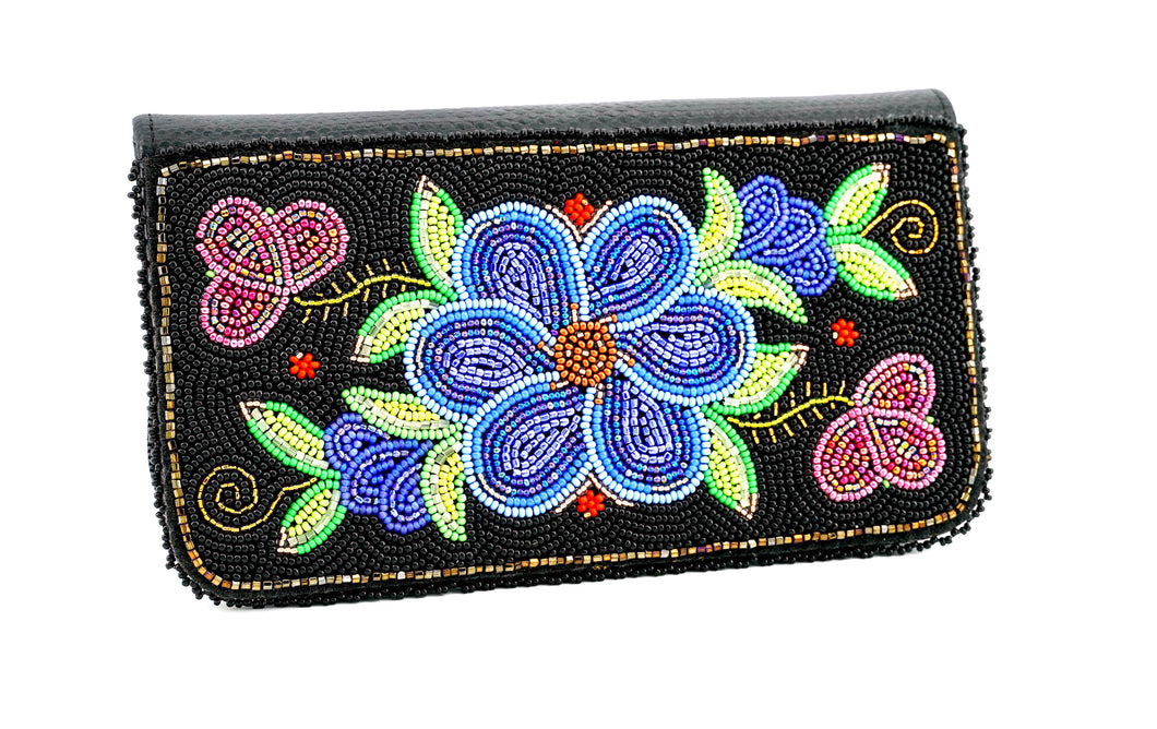 Beaded Wallet by Sharon Vittrekwa