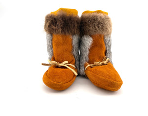 Child's Mukluks by Gertie Tom