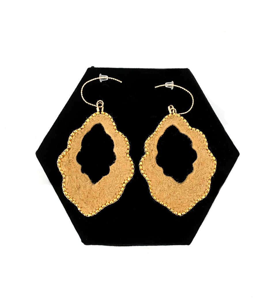 Scalloped Earrings by Randi Nelson of Métis North