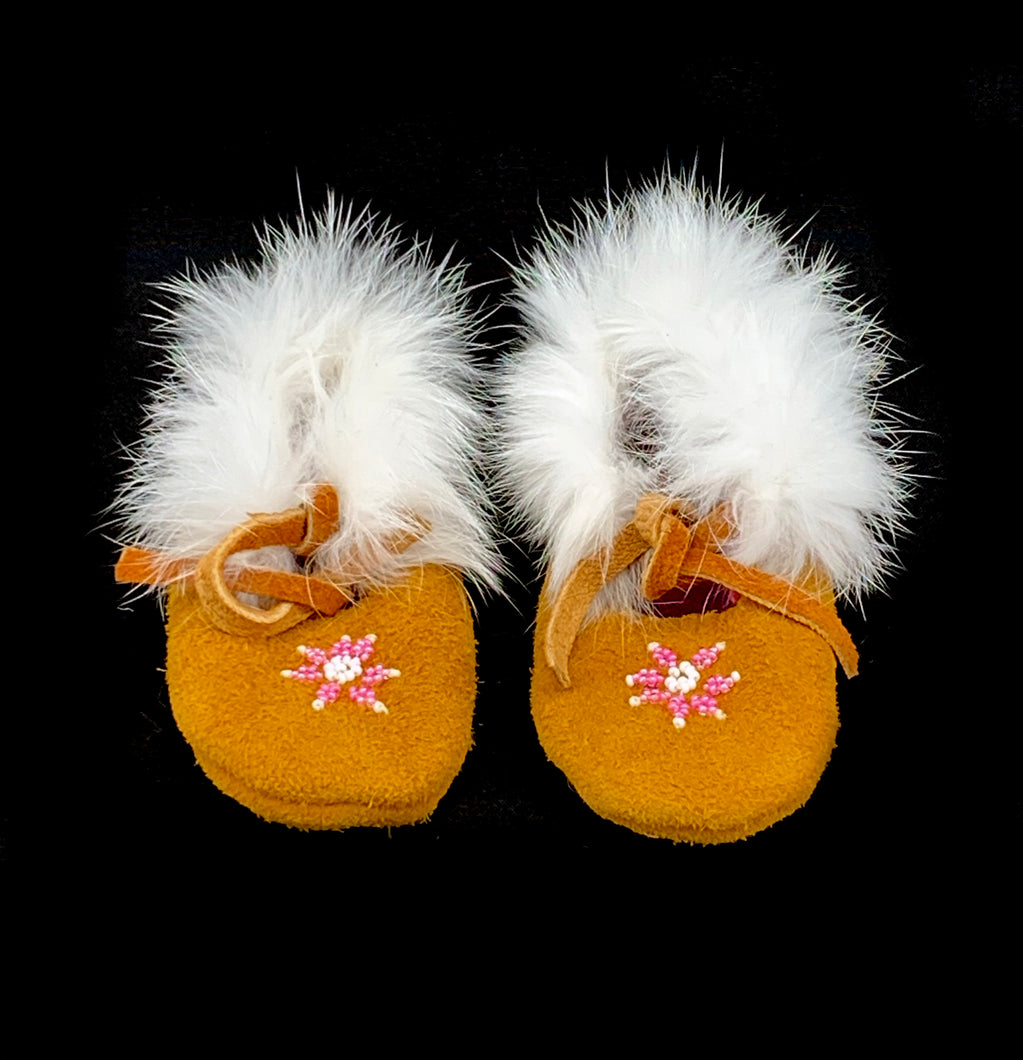 Baby Booties by Cecilia Gobeil