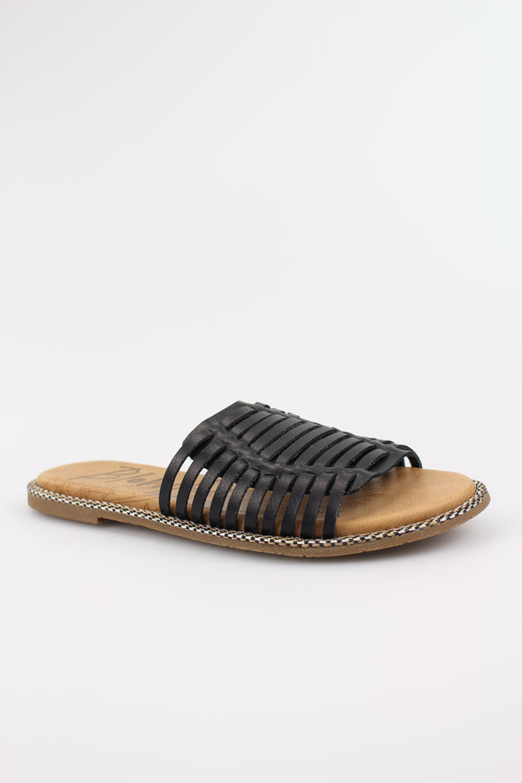 Dye Cut Slide Sandal