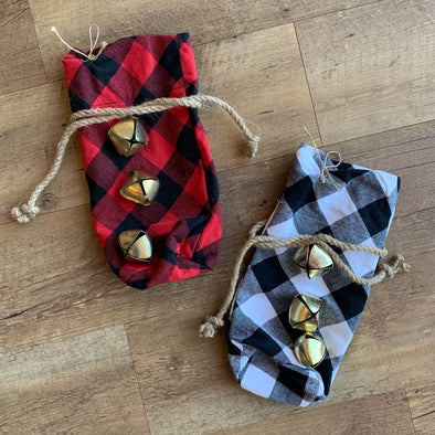 Buffalo Plaid Wine Bags