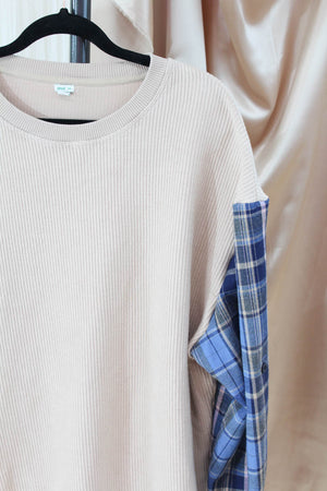 Beige Ribbed Sweatshirt with Flannel Sleeves