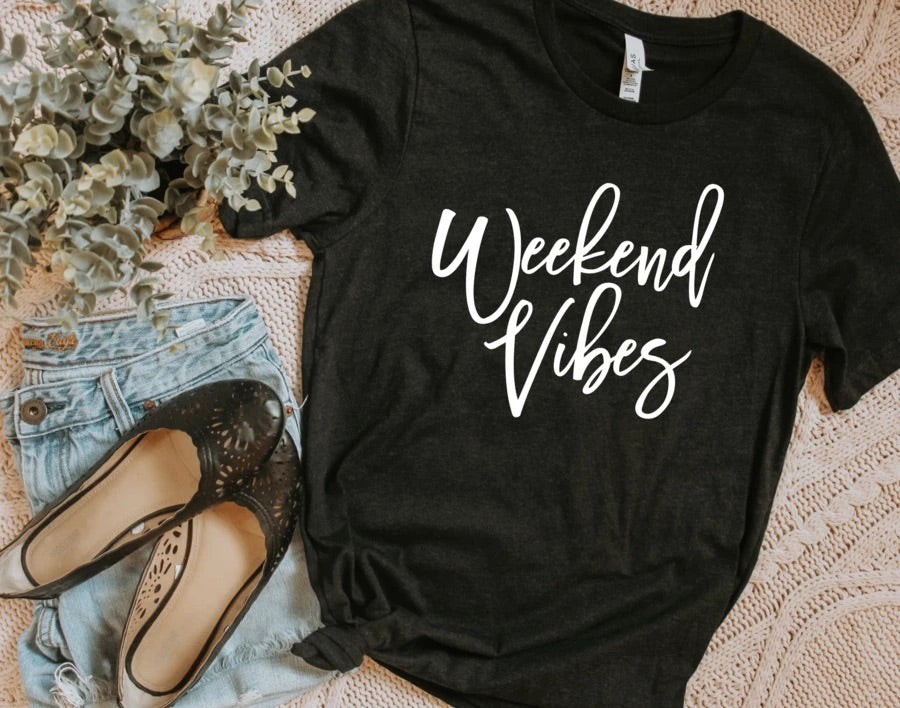 Weekend Vibes Tee - SKC Boutique