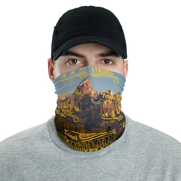 Wyoming Strong Mountain Strapless Facemask