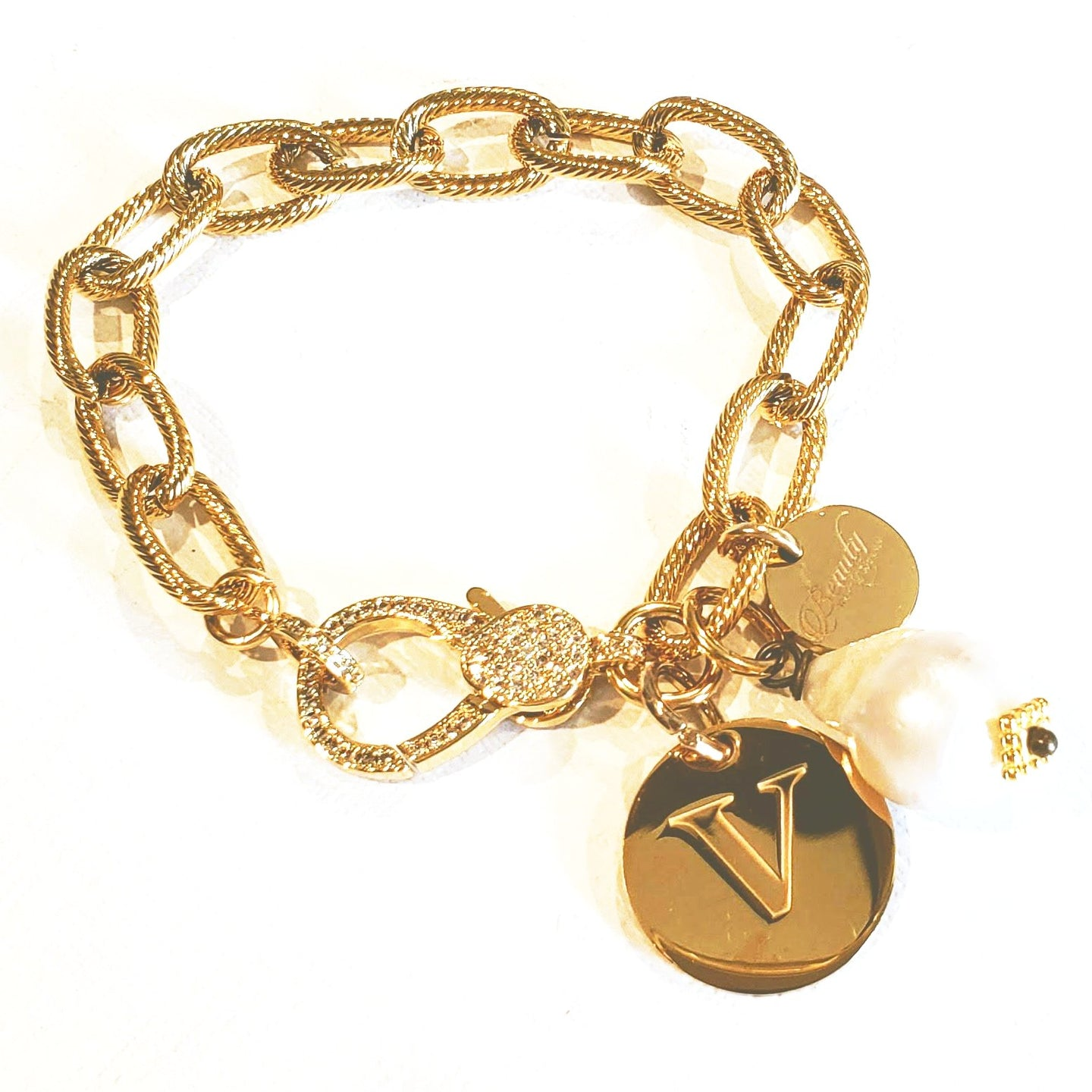 Chain bracelet with engravable charm