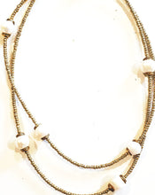 Load image into Gallery viewer, Matte gold & pearl necklace