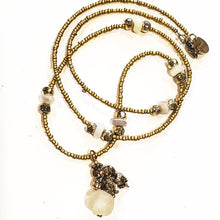 Load image into Gallery viewer, Matte gold cluster drop necklace