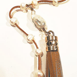 Leather tassel with freshwater pearl adjustable necklace