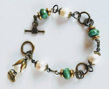 Load image into Gallery viewer, Freshwater Pearl Bronze Chain Bracelet