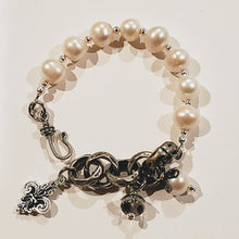 Load image into Gallery viewer, Freshwater Pearl & Chain Bracelet