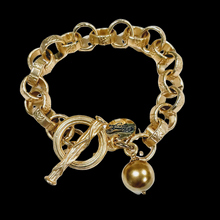 Load image into Gallery viewer, Chain Link Bracelet With Gold Pearl