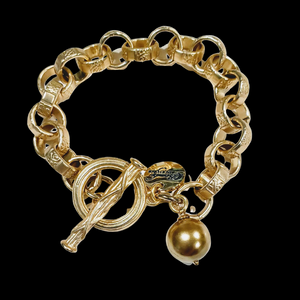 Chain Link Bracelet With Gold Pearl