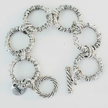 Load image into Gallery viewer, Chunky big link chain bracelet silver with toggle