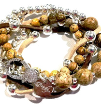 Load image into Gallery viewer, Gemstone beaded bracelet with rhinestone clasp
