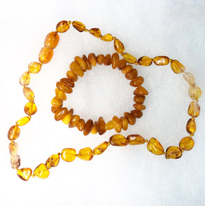 Open image in slideshow, Baltic Amber Necklace and Bracelet Set