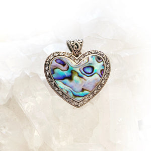 Open image in slideshow, Abalone Heart Pendant