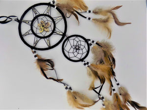 Open image in slideshow, Dreamcatcher: Seashell Two-tiered
