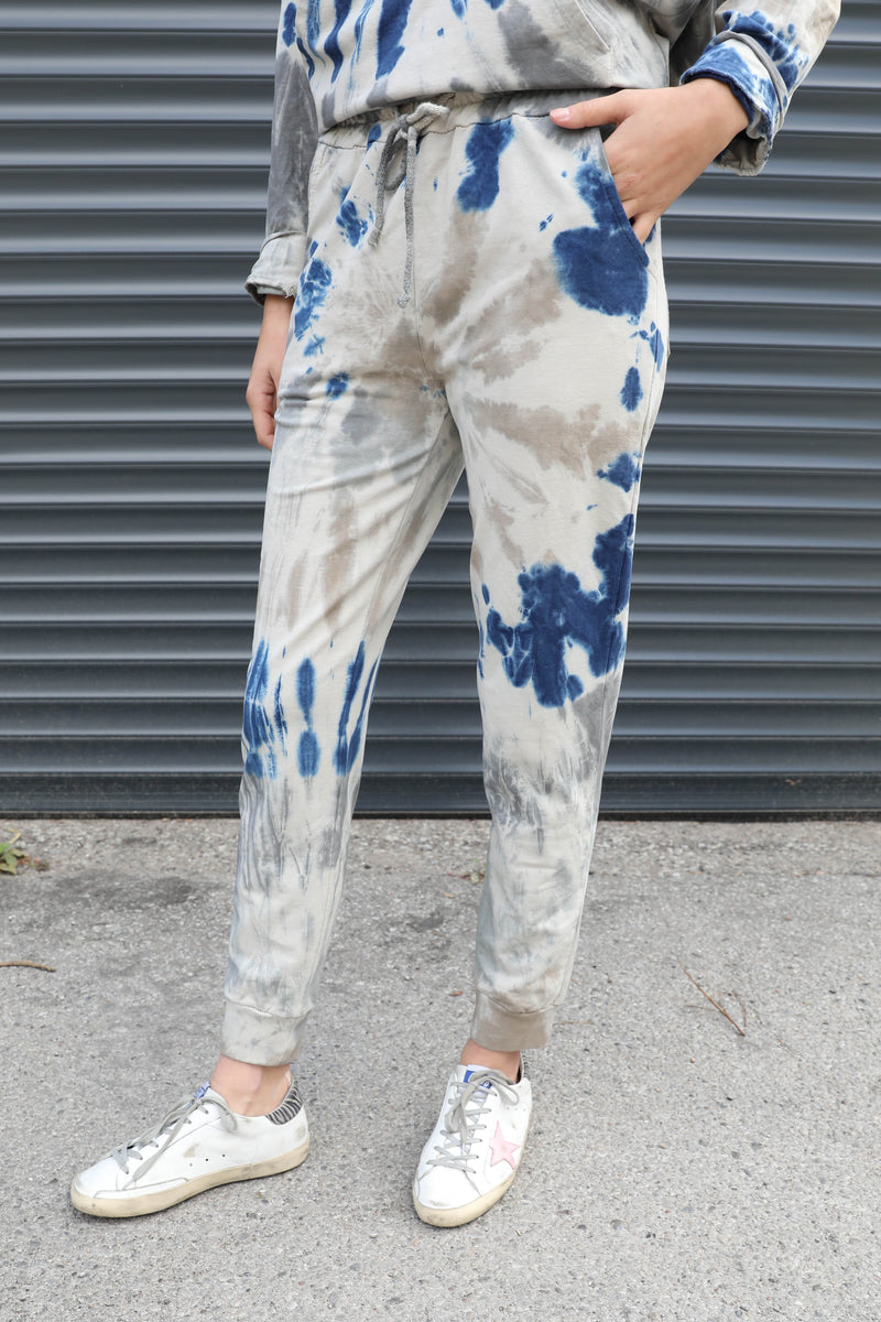 AVERY RAYNE </br>Spiral Tie Dye Cuffed Jogger