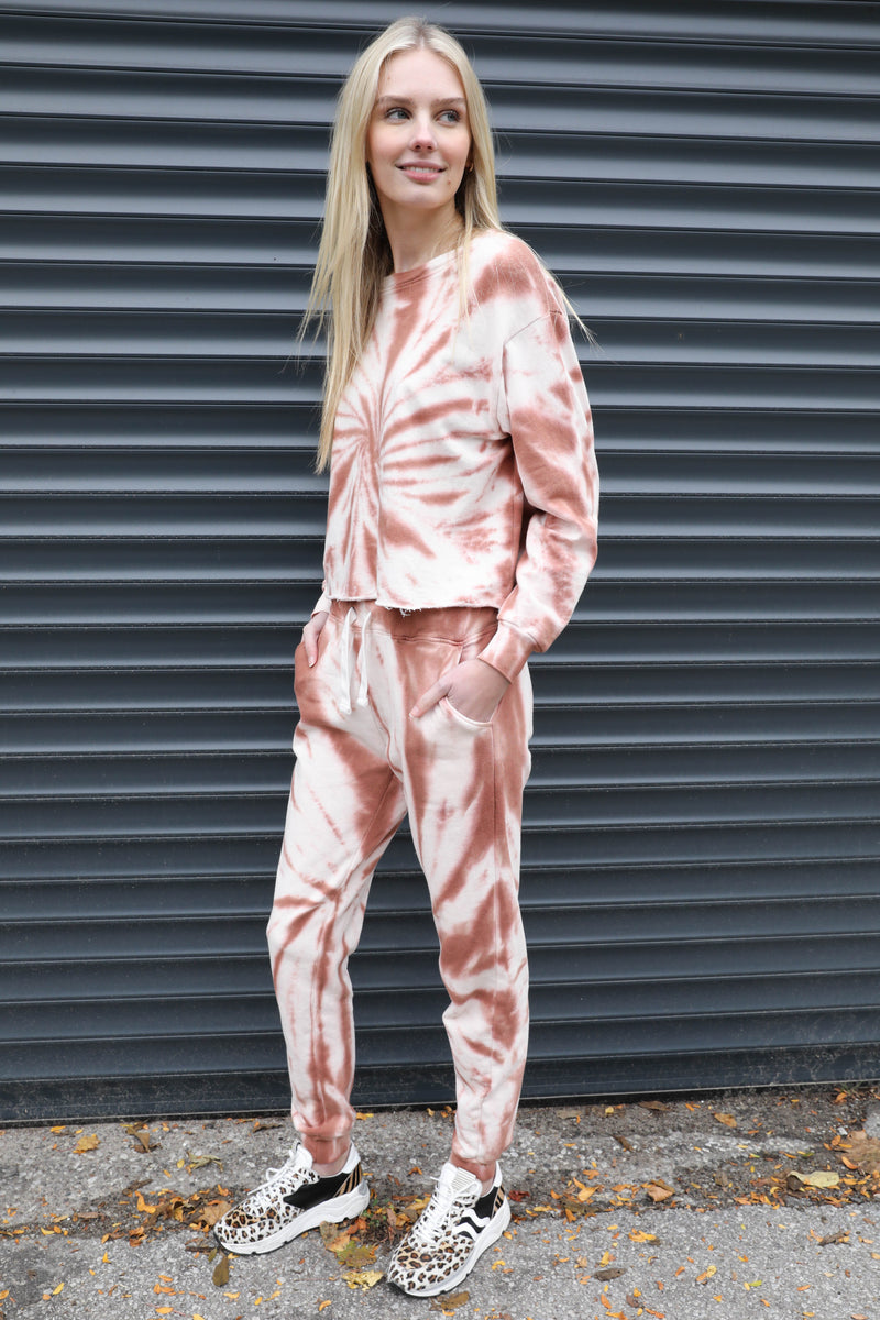 AVERY RAYNE </br>Raw Edge Tie Dye Crew Set
