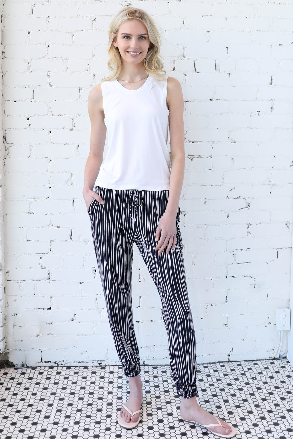 AVERY RAYNE </br>Tie Front Jogger
