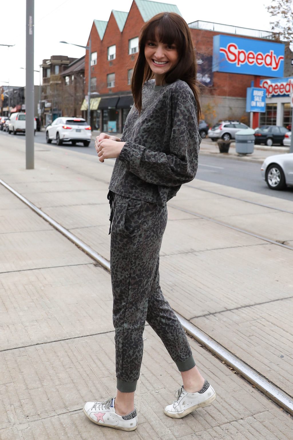 AVERY RAYNE </br>Animal Print French Terry Pullover & Jogger Set