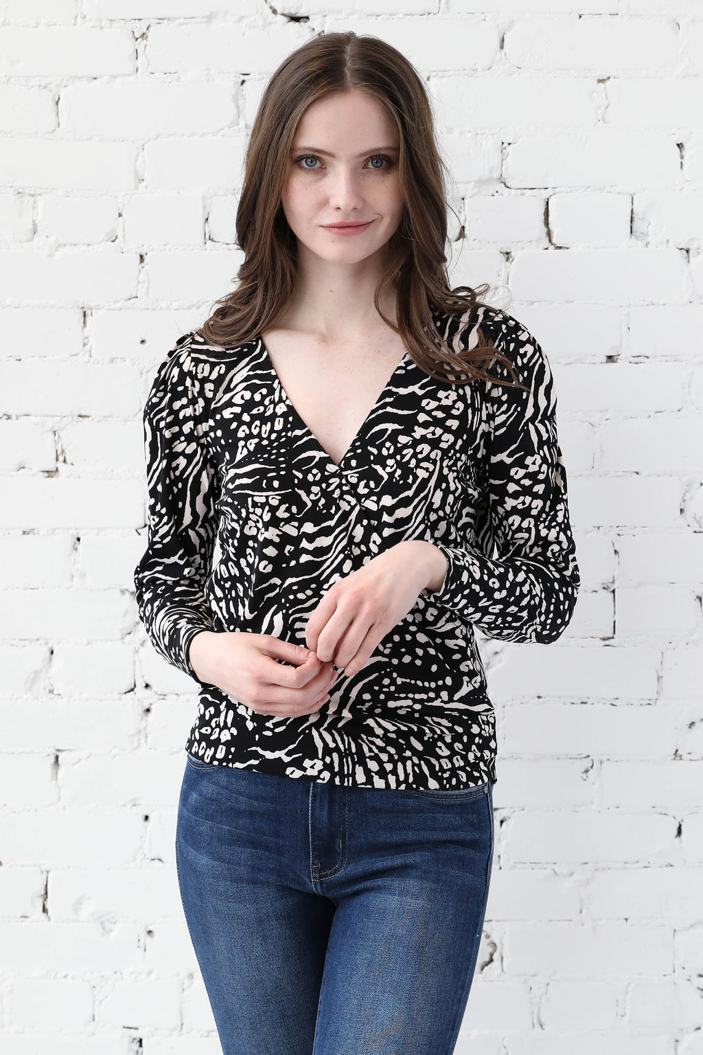 AVERY RAYNE </br>Crossover Long Sleeve Top