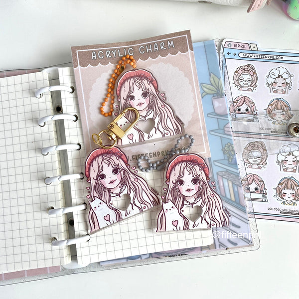 Pre-order: Cozy foxigirl glitter clear binder A7- USA and Msia only