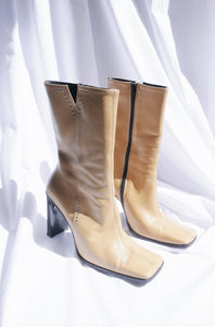 Vintage beige leather boots