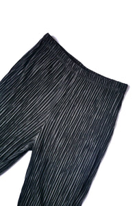 Pleated capri