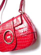 Load image into Gallery viewer, Patent croco bag