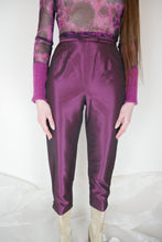 Load image into Gallery viewer, Silk Capri pants