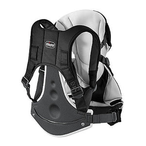 Chicco Close to You Carrier in Black
