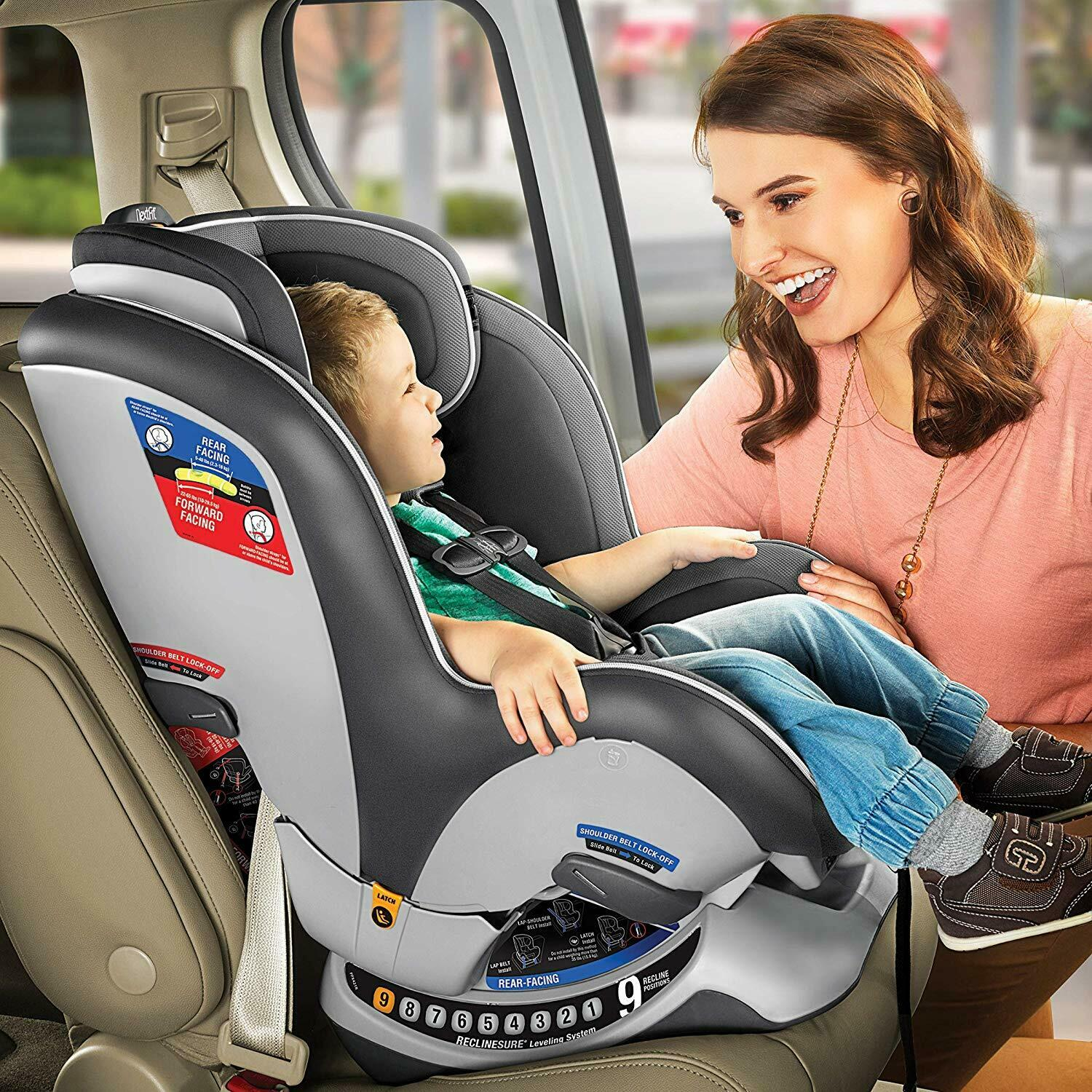 Chicco NextFit Zip Air Convertible Car Seat in Azzurro