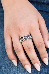 Paparazzi Accessories The Latest Luxe - Silver Ring Fiercely 5th Avenue Fashion Fix - Be Adored Jewelry