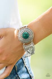 Paparazzi Avant - VANGUARD - Green Bracelet - Be Adored Jewelry