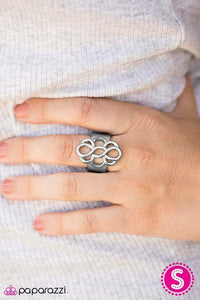 Paparazzi Breathe It All In - Silver Ring - Be Adored Jewelry