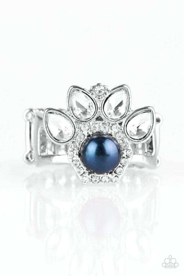 Paparazzi Crown Coronation - Blue Ring - Be Adored Jewelry