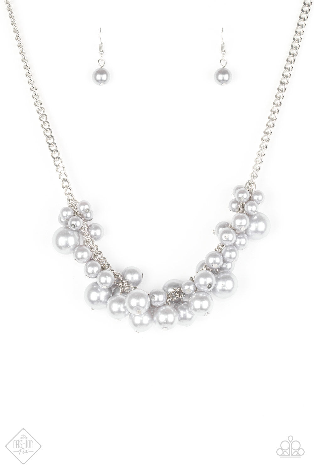 Glam Queen - Paparazzi Silver Necklace - Be Adored Jewelry