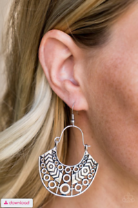 Paparazzi Accessories Indigenous Idol - Silver Earring Sunset Sightings Fashion Fix - Be Adored Jewelry