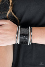 Load image into Gallery viewer, Paparazzi Accessories MERMAIDS Have More Fun - Black Bracelet - Be Adored Jewelry