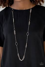 Metro Minimalist Paparazzi Gold Necklace - Be Adored Jewelry
