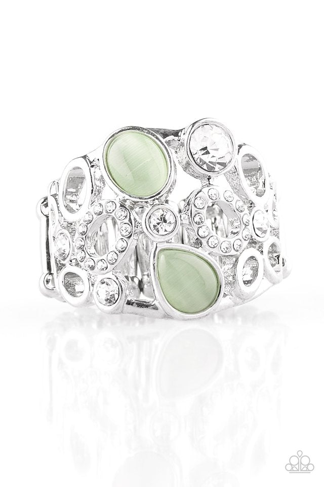 Paparazzi Accessories Summer Yacht - Green Ring - Be Adored Jewelry