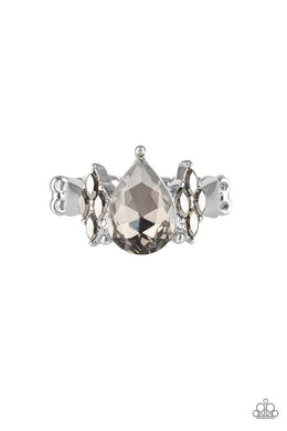 Paparazzi Yas Queen - Silver Ring - Be Adored Jewelry