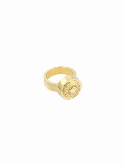 wildthings collectables • rising sun pinky ring gold