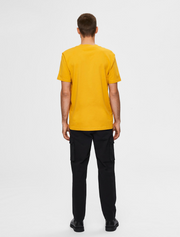 selected homme • t-shirt mit stehkragen