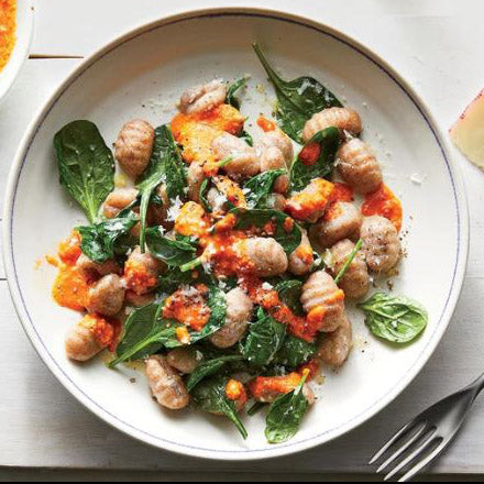 Homemade recipe of Smoky Gnocchi With Spinach and Pepper Sauce