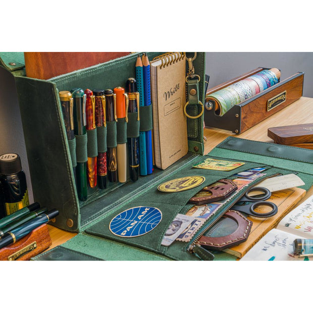 Galen Leather Writer's Medic Bag - Forest Green