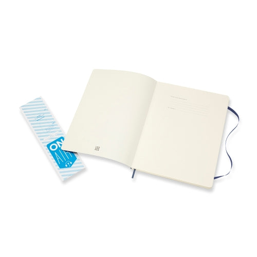 Moleskine Classic Notebook -  Softcover A4 - Plain - Sapphire Blue